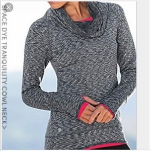 🌷Athleta Space Dye Tranquility Cowlneck Sweater🌷